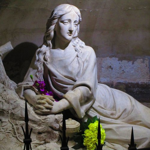 Mary Magdalene, The Lady Who Lived In A Cave For 30 Years